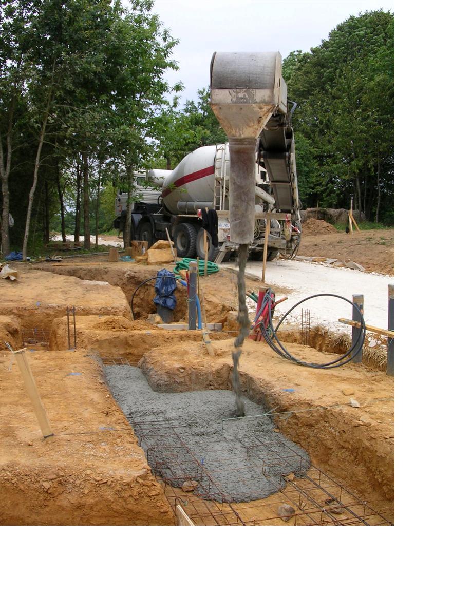 Fondations suite les semelles maison poyaudine for Prise de terre fond de fouille