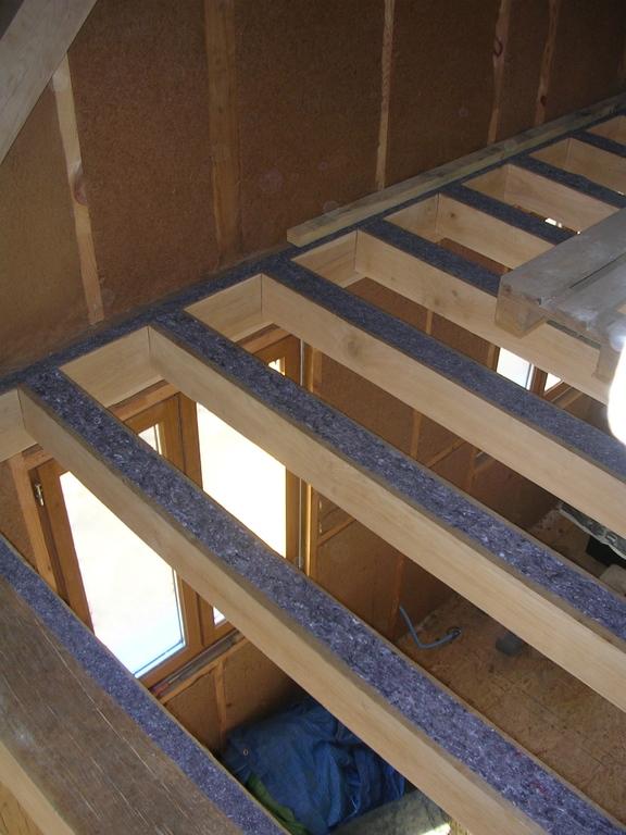 Plafond entre solives maison poyaudine - Construction plancher bois etage ...